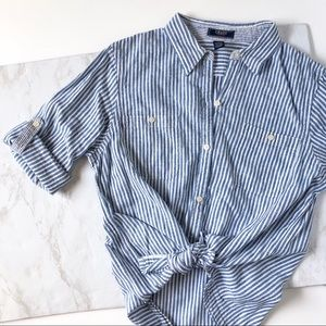 Chaps Stripped button up shirt blue and white.